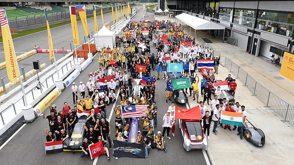 Family photo of some of the participating teams during day two of Shell Make the Future Live Malaysia 2019 at the Sepang International Circuit